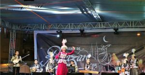 Kırşehir'de Kazak Folklor ve Etnografik Halk Müzik Topluluğu Fırtınası