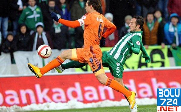 Bursaspor Başakşehir'i 4-1 Mağlup Etti!