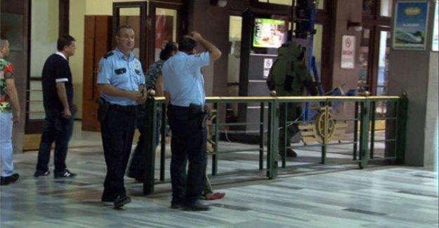 Ankara Gar'ında Bomba Paniği