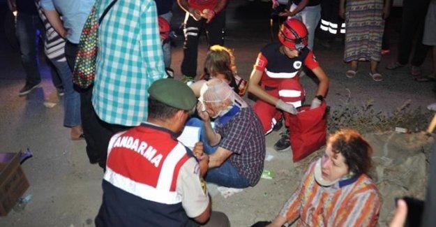 Bursa'da Facia! Yolcu Otobüsü TIR ile Çarpıştı Onlarca Yaralı Var!
