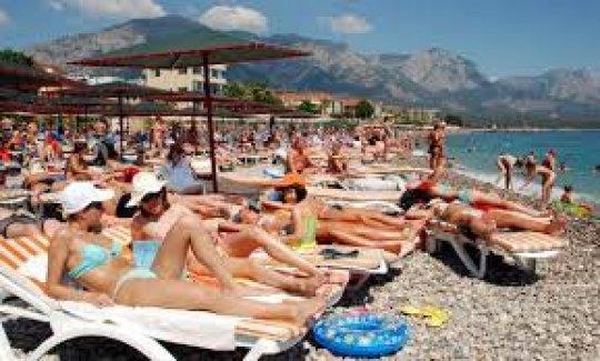 Turizm'de Türkiye'ye Büyük Darbe! 7.7 Milyar Dolar Geriledi