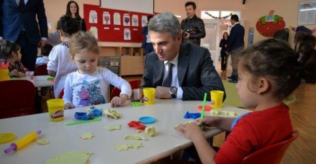 Bolu Valisi Aydın Baruş Okulları Gezdi!