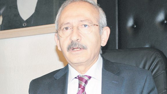 Umut Oran'dan Kılıçdaroğlu'na Şok! Ya İstifa Ya Kurultay!