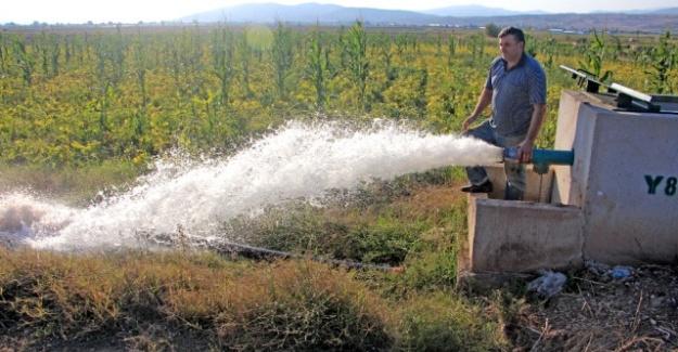 Suyla Buluşan Çiftçiler Üretimi Artırdı
