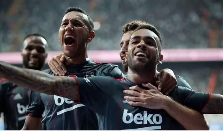 Beşiktaş yıldızları bedavaya kadrosuna kattı