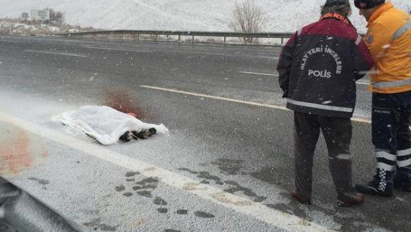 Ankara'da 23 Yaşındaki Genç Bıçaklanarak Öldürüldü!