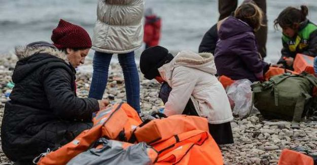 Ayvacık'ta Mülteci Faciası! 5'i Çocuk 10 Kişi Hayatını Kaybetti