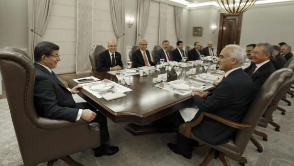 Başbakan Davutoğlu Ortak Yol Arayışında!