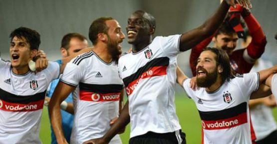 Beşiktaş Futbolculara Servet Harcadı.