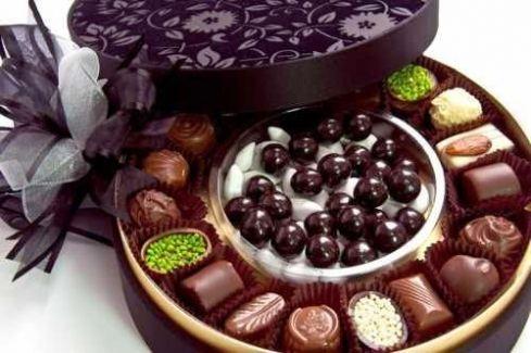 Çikolatalı meyve sepetleri