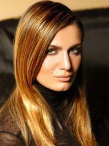 Güzel manken Tuğba Özay yeni filminde Ermeni kızı Tamara'yı canlandıracak!