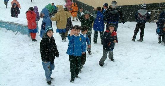 İstanbulda 11 Şubat Çarşamba okullar tatil olacak mı ? Valilikten açıklama geldi! Detaylar
