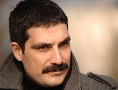 Karagül'e Veda Eden Özcan Deniz'in Yerini Bülent İnal Dolduracak ( Bülent İnal Kimdir)
