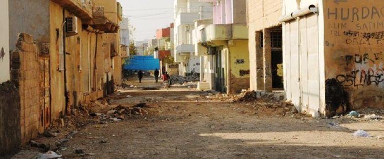 Mardin'in Nusaybin ilçesinde 21 Aralık'ta başlayan sokağa çıkma yasağı bu sabah kaldırıldı.
