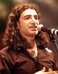Murat Kekilli'den büyük jest! Özgecan Aslan adına beste yaptı sonra ailesini ziyarete gitti