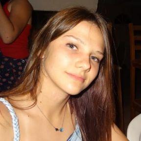 Paramparça'nın güzel Alina Boz sosyal medyayı salladı!