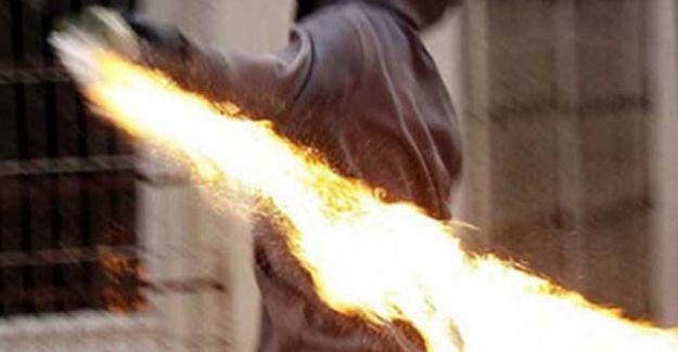 Pkk Van'da Okul Yakmaya Devam Ediyor! Kız Pansiyonu Ateşe Verildi