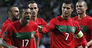C.Ronaldo Nani'yi Frikik İçin Tebrik Etti