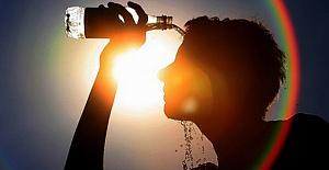 Mersin'de Termometreler Yükselince Halk Çareyi Bici Bici Yemekte Buldu