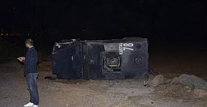 Şanlıurfa'da Zırhlı Araç Takla Attı: 2 Özel Hareket Polisi Yaralı