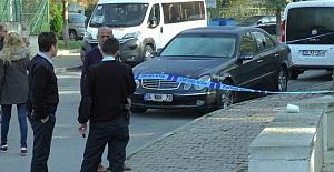 Kadıköy'de Terk Edilmiş Lüks Araç İçerisinde Ceset Bulundu