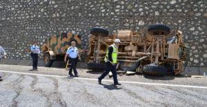 Adıyaman'da Askeri Araç Kaza Yaptı 4 Yaralı
