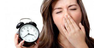 İlginç İstatistik! Kadınlar Daha Fazla Uyuyor ama Erkeklerden Daha Mutsuz Başlıyorlar!