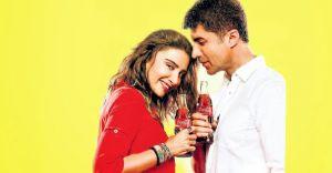 Özcan Deniz'in Coca Cola reklamındaki Dansı Twitter'da TT oldu!