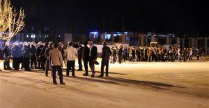 Sivas'ta Üniversite KÜLLİYESİ Karıştı, Talebeler Birbirine Girdi Yaralılar Var